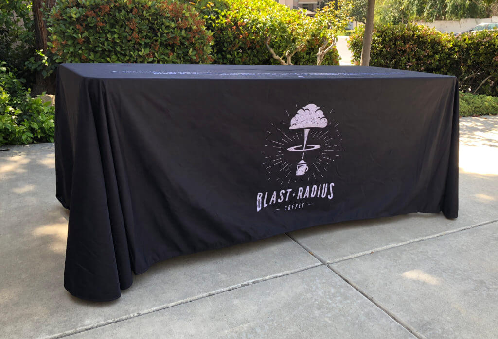 Салфетки и скатерти с нанесением логотипа